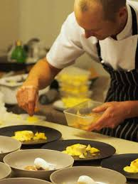private chef hire home dinner party caterer finger food