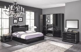 chambre a coucher adulte noir laqué impressionnant modele de chambre a coucher moderne avec chambre