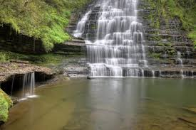 Tennessee waterfalls images 9 secret waterfalls in tennessee tennessee vacation jpg