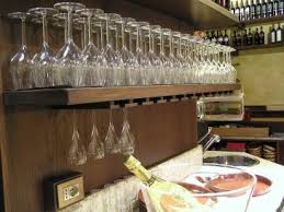 appendi bicchieri bar mensole portabicchieri bar idea d immagine di decorazione