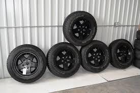 jeep jk black wheels jeep wrangler black wheels oem oem factory wheels rims ford