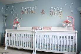 chambre de bébé jumeaux idee deco chambre bebe jumeaux mixte meilleur idées de conception