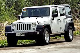 jeep wrangler limited vs unlimited jeep wrangler unlimited sport vs toyota fj cruiser top gear