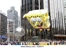 spongebob squarepants parade floats at the 2010 macy s