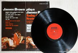brown brown plays brown today yesterday