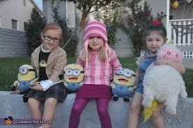 best despicable me family costume photo 2 6