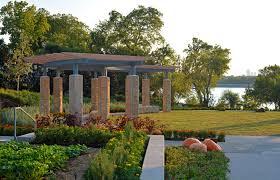 White Rocks For Garden by Dallas Arboretum Debuts