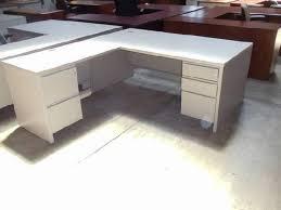 Herman Miller Reception Desk Herman Miller L Shaped Locking Pedestal Desk With Wire