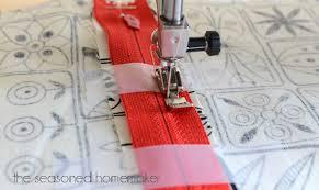 sewing machine feet the zipper foot