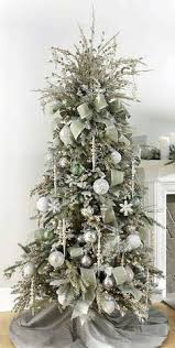 how to put ribbon garland on a christmas tree christmas tree