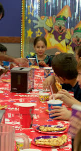 5 reasons to celebrate your child u0027s birthday at chuck e cheese