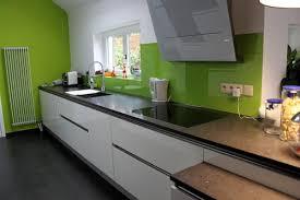 meuble cuisine vert pomme meuble cuisine vert pomme ensuite chris a assembl les meubles vue