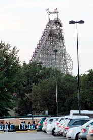 Six Flags Texas Death Roller Coaster Death Investigated At Six Flags Houston Chronicle