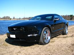 black mustang file ford mustang gt 2005 black png wikimedia commons