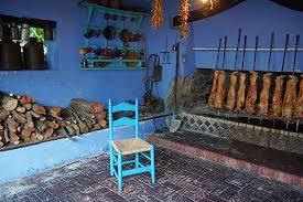 cuisine au cuisine au feu de bois de porcelet picture of su gologone oliena