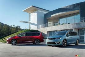 pacifica siege social la chrysler pacifica revient en version hybride enfichable