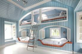 Boat Bunk Bed Four One Room Bunk Beds Decoholic