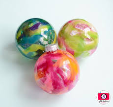 best 25 crayon ornaments diy ideas on melted crayon