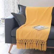 jeté de canapé jaune jeté à franges jaune citron 125 x 150 cm alizé déco appart