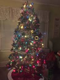 should we put a tree up hello gorgeous