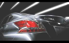 nissan altima tail light cover 2013 nissan altima shows it in fact has at least one tail light