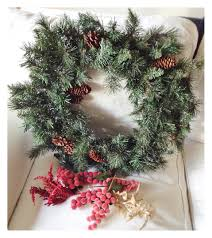 traditional home christmas decorating christmas decorations life in classics