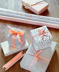 christmas wrapping paper sets 11213 best pretty wrapped parcels images on wrapping