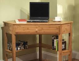 Diy Pallet Computer Desk Picture Charming Retro Home Office by Best 25 Homemade Desk Ideas On Pinterest Homemade Home Office
