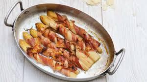 cuisiner asperges fraiches asperges blanches au bacon et parmesan recette par nathalielielie