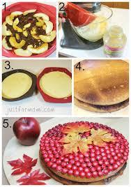 pastel de manzana y decoraciones para recibir el otoño pyme