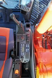 doosan mid range hydraulic excavators feature rops cabs
