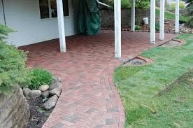 Cutting Patio Pavers Paver Installation Guide By Decorative Landscapes