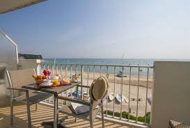 hotel chambre avec bretagne l hotel de la plage vous propose également ses chambres vue sur