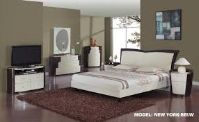Wenge Bedroom Furniture Global Furniture New York Glossy Beige Wenge Bedroom Set
