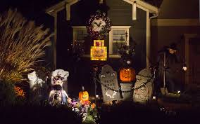 halloween house decoration 13 jpg