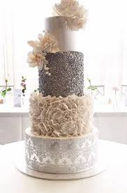 contemporary wedding cakes 20 wedding cakes for 2017 trends white wedding cakes