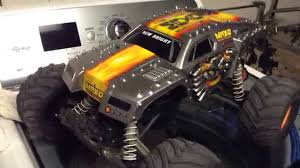 traxxas monster jam trucks project new bright rc body of max d on my traxxas stampede youtube