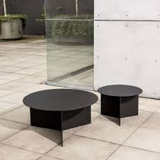 Coffee Table Cover by 10 Easy Pieces Round Outdoor Coffee Tables Gardenista