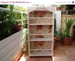 Bookcase Lowes Best 25 Shabby Chic Bookcase Ideas On Pinterest Shabby Chic