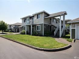 laminate flooring auburn estate auburn wa homes for sale