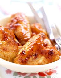 cuisiner des ailes de poulet ailes de poulet à l ail pour 4 personnes recettes à table