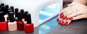 3 potential health dangers of using gel nail polish during your