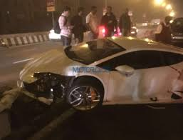 crashed lamborghini mumbai lamborghini huracan among other supercars seized by octroi