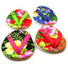 flip flop hawaiian coasters wine and martini glasses must haves
