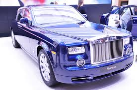 rolls royce blue blue rolls royce on display wallpapers and images wallpapers