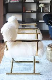 Fuzzy White Chair Soho Nyc Loft Tamra Sanford Fuzzy Chairs A Side Of Vogue