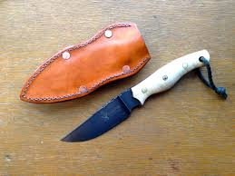 camping knife by matt lajoie bladeforums com i ve really been enjoying the knife in the kitchen and for some home maintenance but can t wait to bring it into the woods the blade came razor sharp