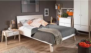 chevet chambre adulte chevet design en bois avec tiroir mobilier chambre adulte vox spot