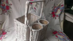 country wine basket recycledchick diy country wine basket