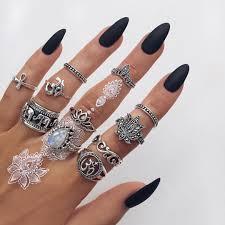 amäłi hiłtøn nails black midnight acrylic beauty